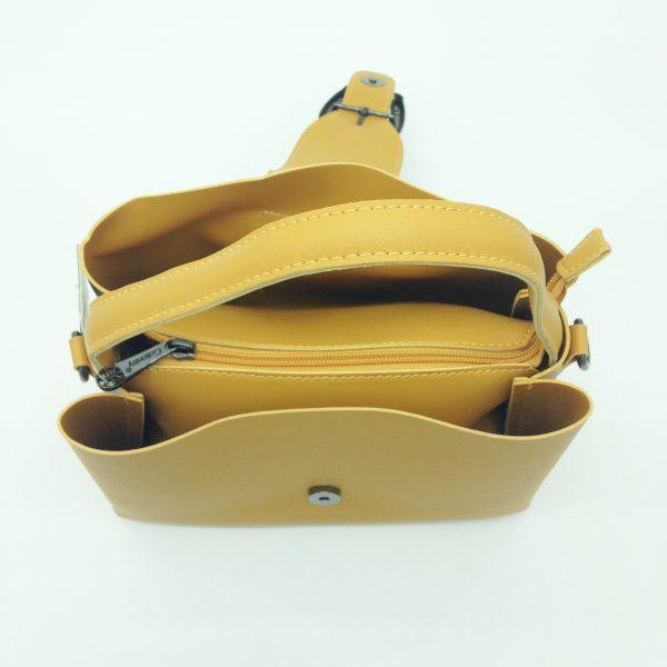 zoom sac à main moutarde maroquinerie bijoux fantaisie et accessoires de mode femme à Lyon
