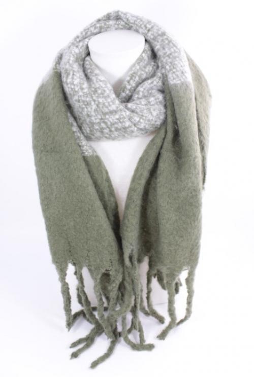 écharpe douce en laine viscose couleur kaki, accessoire de mode féminin à Lyon